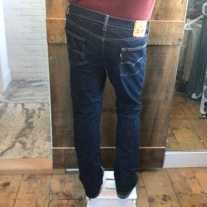 Levi slim straight jeans 👖 for Men